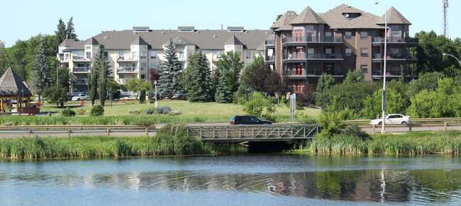 TRAFFIC TROUBLES COMING TO CAMROSE