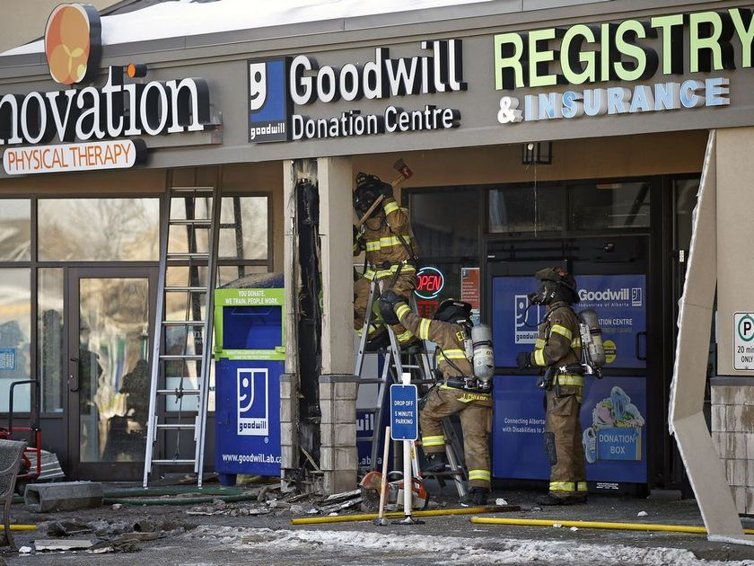 EDMONTON FIRE CREWS THANKING DAYLIGHT SAVINGS TIME FOR STRIP MALL BLAZE NOT BEING WORSE THAN IT WAS