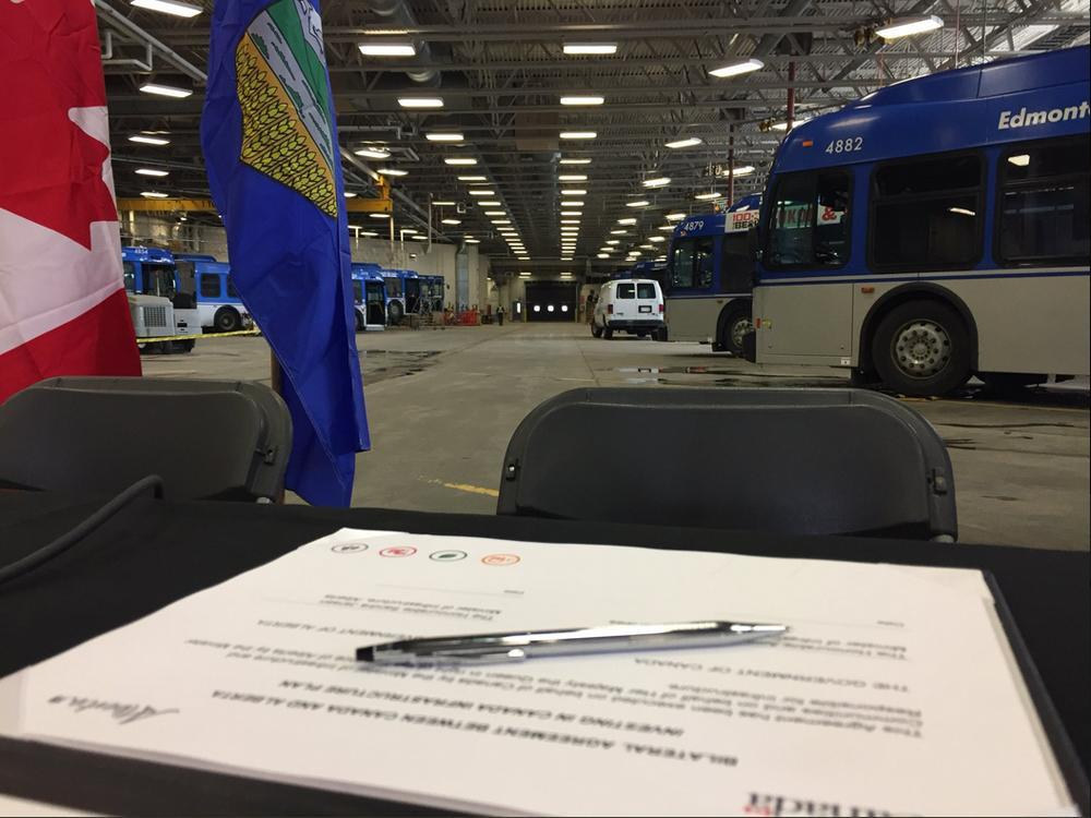 PROVINCE AND FEDS SIGN AGREEMENT FOR MORE FUNDING FOR INFRASTRUCTURE ACROSS ALBERTA