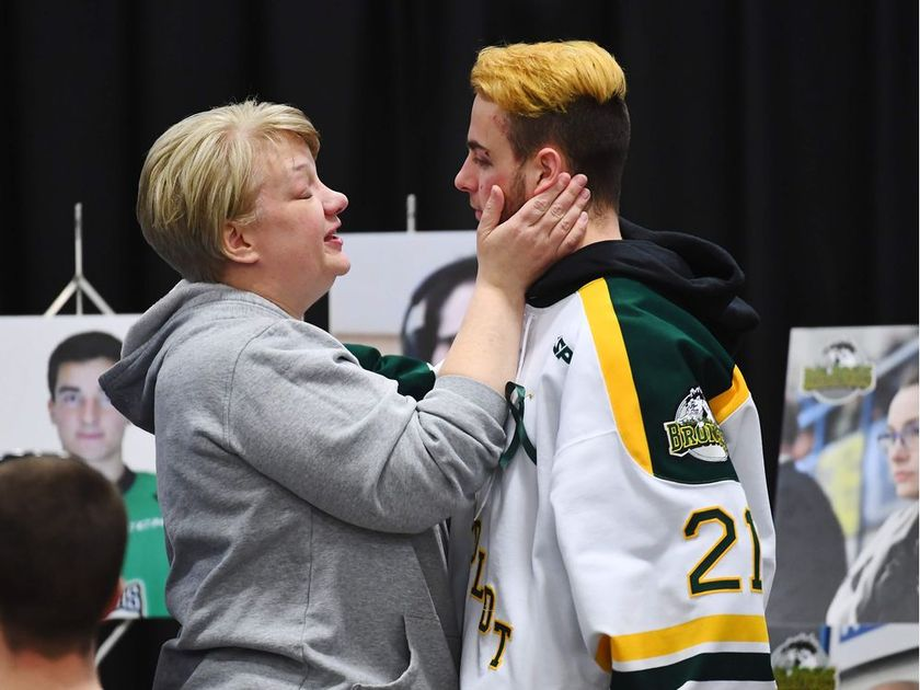 HUMBOLDT BRONCOS' PLAYER WHO WAS ABLE TO CALL FOR HELP IN THE WAKE OF HIS TEAM'S BUS CRASH DOESNT REALLY KNOW WHAT HAPPENED