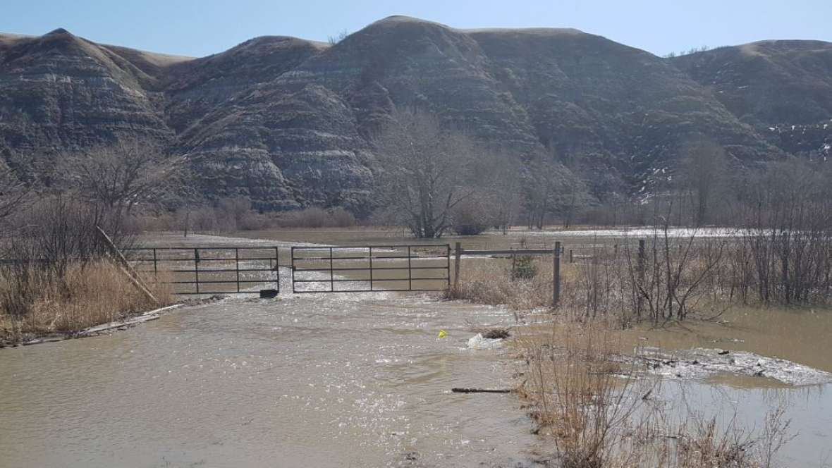 RESIDENTS OF WAYNE ALLOWED TO GO BACK HOME AS ROSEBUD RIVER LEVELS DROP