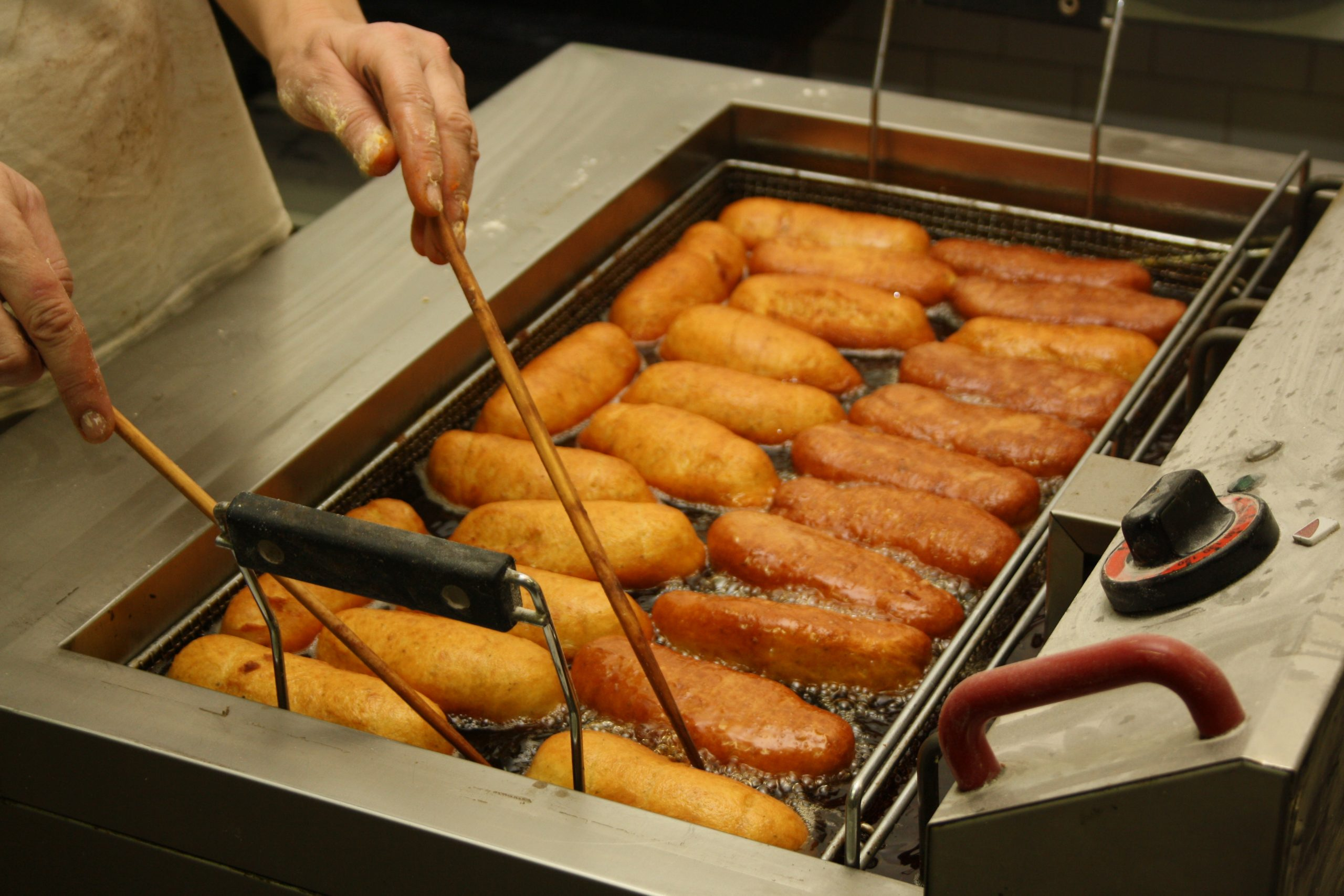 THE WHO LOOKING TO BAN ARTIFICIAL TRANS FATS