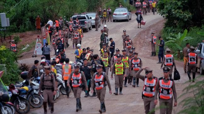 ENTIRE SOCCER TEAM RESCUED FROM THAILAND CAVE
