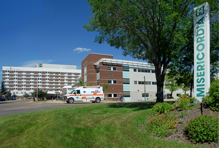 WATER LEAK SHUTS DOWN THE MISERICORDIA HOSPITAL'S ER