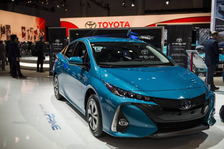 TOYOTA RECALLING MORE THAN 7-THOUSAND VEHICLES IN CANADA