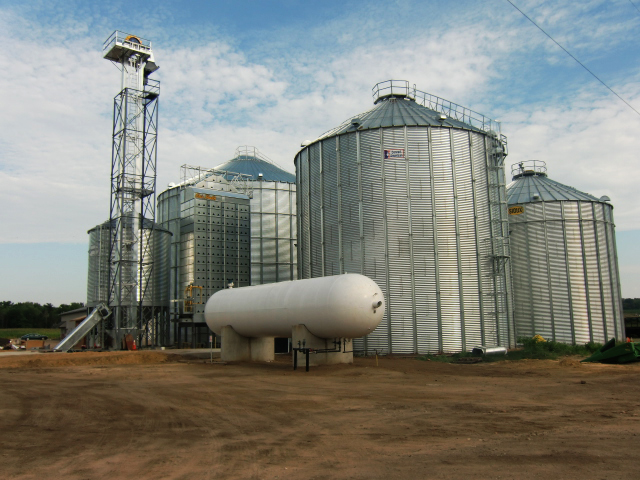 PROPANE IN BIG DEMAND BY PRAIRIE FARMERS RIGHT NOW