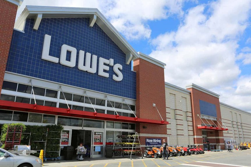 LOWE'S SHUTTING DOWN STORES ACROSS CANADA