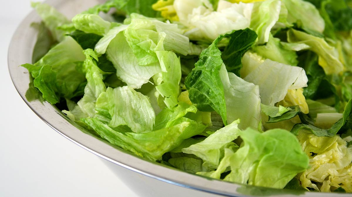 AVOID THE ROMAINE LETTUCE!
