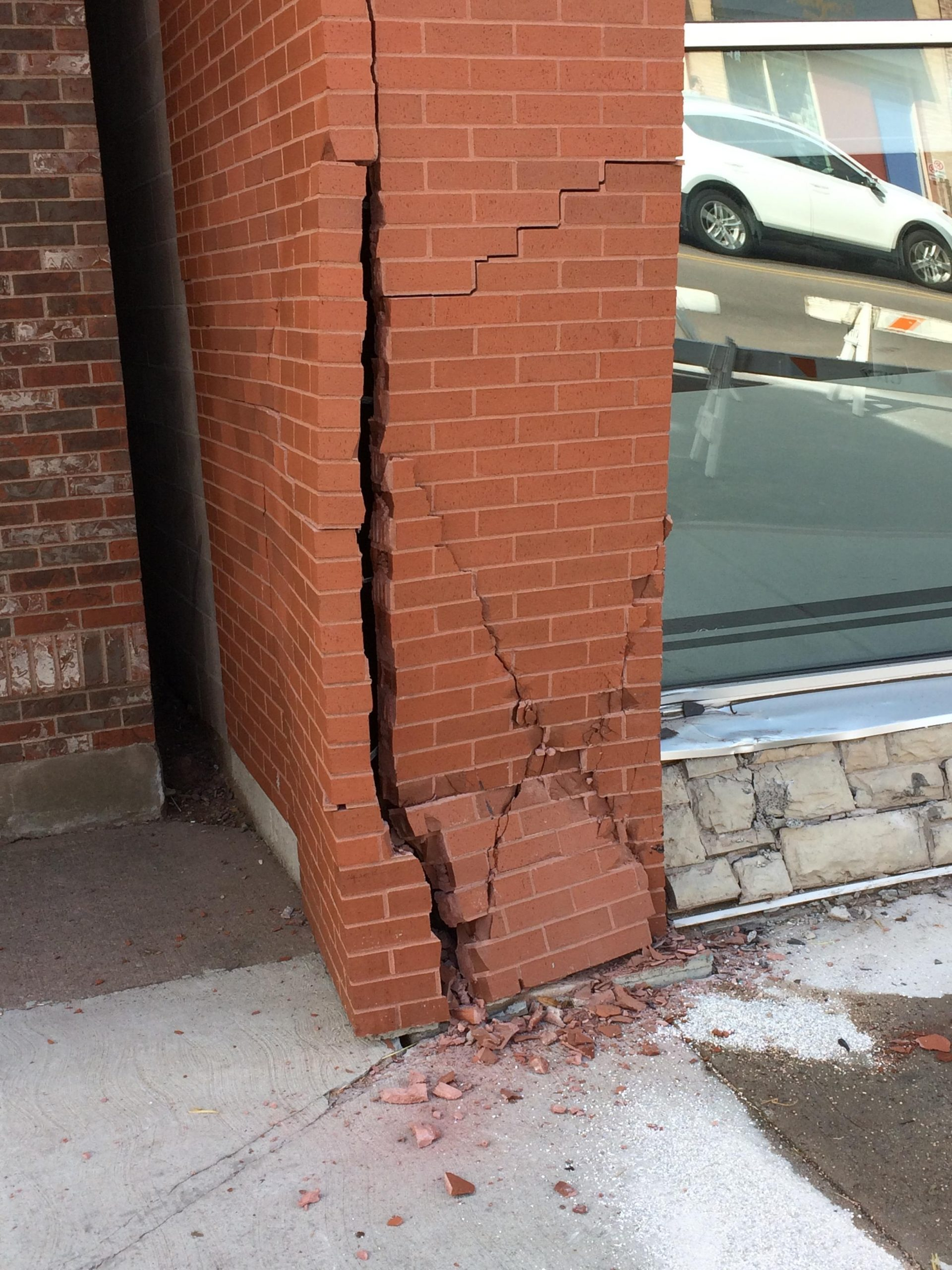 Car strikes building in downtown Charlottetown