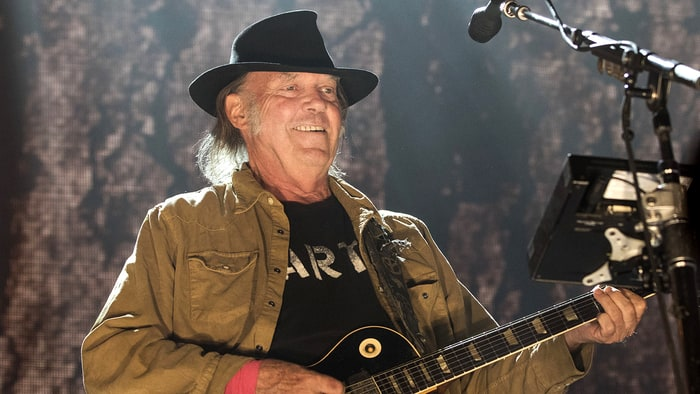 boom Breakfast – See Neil Young Live!