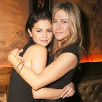 Selena Gomez Unfollows Bestie Out of Loyality To Jenn Aniston