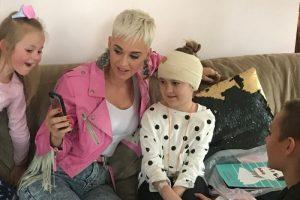 Katy Perry Surprises A Sick Fan
