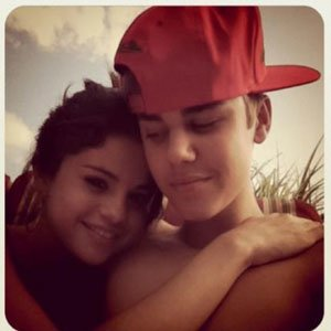 Justin Bieber and Selena got together AGAIN yesterday.