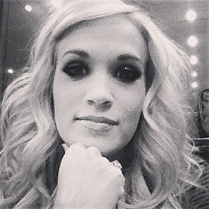 Find out how Carrie Underwood Broke Her Wrist