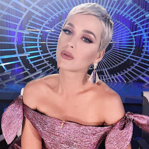 Katy Perry outbid a fan to win date with her BF!